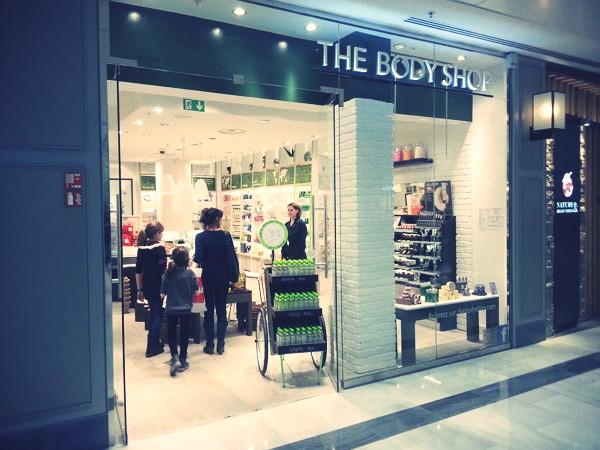 De Parisien Life And Style – Ou Le L'ouest Mall Ouest So k0PnO8w