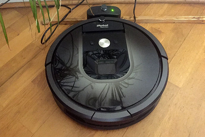 test irobot roomba 980 votre robot de m nage life and style. Black Bedroom Furniture Sets. Home Design Ideas