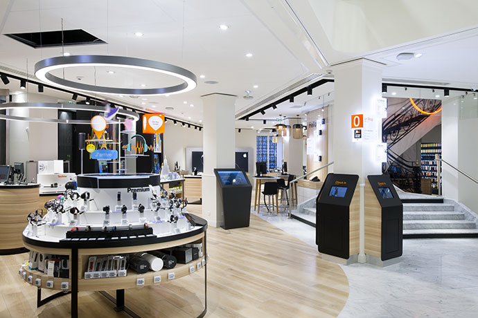 orange-flagship-boutique