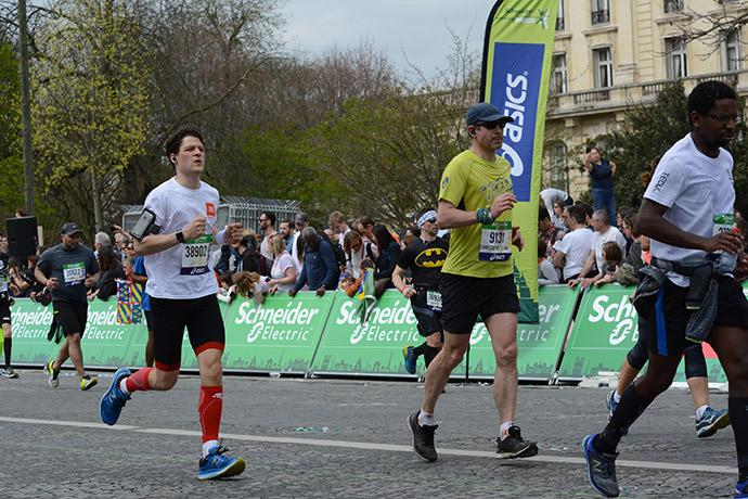 marathon-paris-2018-arrivee