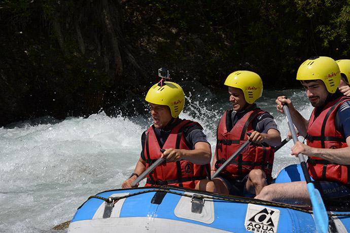 serre-chevalier-eau-rafting-rapide